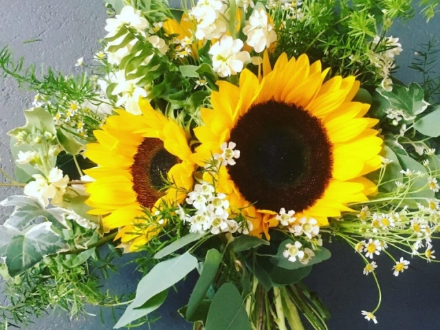 Sunflower, boho bridal bouquet, wedding flowers, bridal flowers, yellow, foliage