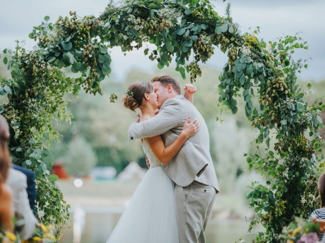 Eucalytous, foliage, hops, moongate, sopley lake, ceremony flowers, floral arch, dorset, hampshire