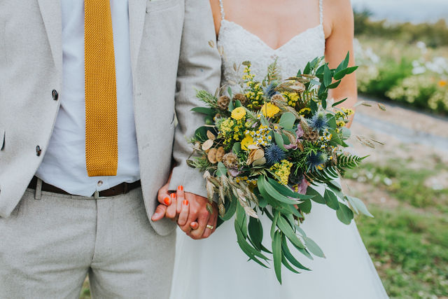 bride and groom,rustic, dried, natural, wild, yellow, dried seed head, bridal bouquet, wedding flowers, dorset, hampshire