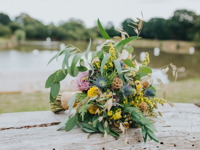 rustic, dried, natural, wild, yellow, dried seed head, bridal bouquet, wedding flowers, dorset, hampshire
