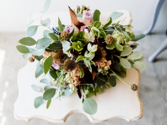 Super subtle soft flowers with dried rustic elements, garden inspired bridal bouquet, sopley mill, dorset, hampshire