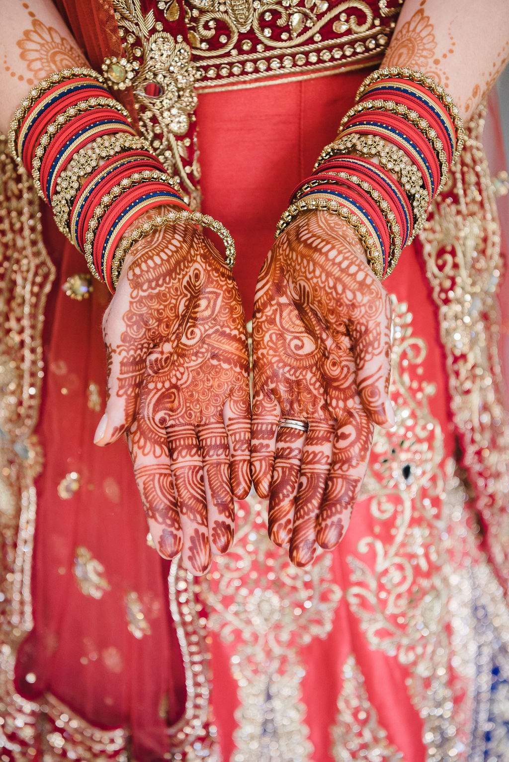 Indian wedding, Indian wedding dress, red wedding dress, bride, hennah