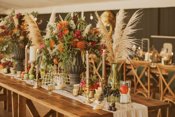 BANQUET STYLE TABLESCAPE WEDDING PYLEWELL HOUSE, DORSET HAMPSHIRE